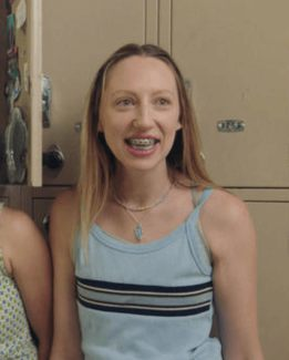 How To Dress Like Anna Kone From Pen15