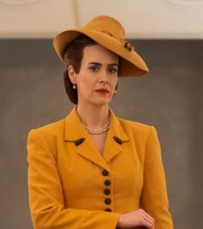 Dress Like Nurse Mildred Ratched From Netflix's Ratched