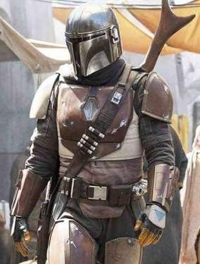 Dress Like the mandalorian