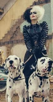 Emma Stone Cruella Cosplay