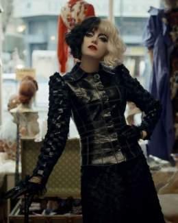 Emma Stone Cruella Halloween Costume